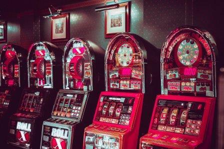 Máquinas caça níqueis milionario 16432