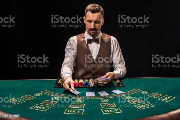 Casino games crupiê 42295